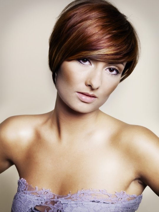 Asymmetric short hairstyles for fine hair